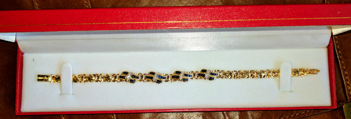 Beautiful bracelet, with spphires and small brillants