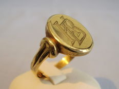 Antique gold men's ring with initials KB, around 1920