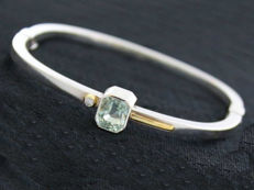 Vintage designer bangle bracelet with aquamarine 1.5 ct and brilliant 0.05 ct made of 925 silver
