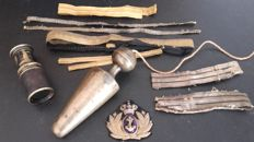 R. ITALIAN ARMY items (plumb bob, badge and flashes, monocular)