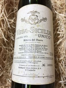1975 Vega Sicilia Unico - ( N - 00904 ) - 1 bottle