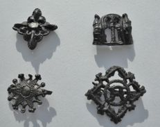 medieval pilgrim pewter insignes 4 pieces aprox 30mm t0 40mm