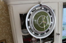 Wall clock from an original Mercedes-Benz hubcap - 1970s - 1980s