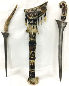 Double keris in Dayak equipment – Kalimantan – Indonesia.