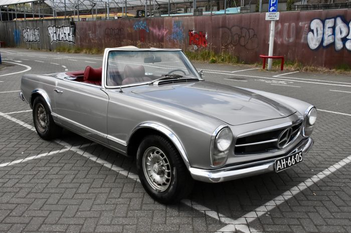 mercedes benz 230 sl pagode w113 1966 catawiki. Black Bedroom Furniture Sets. Home Design Ideas