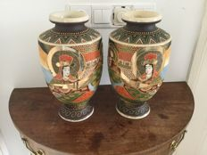 Set of two large Satuma vases – Japan – mid 20th century