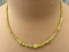Roman Empire - Necklace with yellow iridescent glass beads.