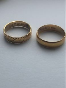 Vintage 22k gold ring and 18k carved gold ring 4.17:,3.7 grams