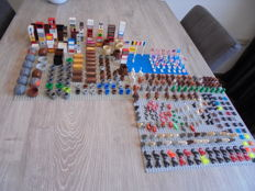 Assorted - Lego parts including traffic signs + animals