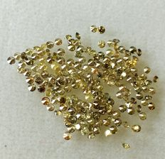 Lot of Natural colour diamonds ct. 2.07 No reserve price