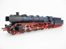 Märklin H0 - 3097 - Steam locomotive with pulled tender BR 03 of the DB