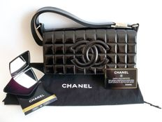"Lot of 2: Chanel - Timeless ""chocolate bar"" handbag and Chanel mirror Duo - *No Reserve Price*"