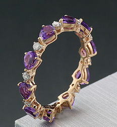 Memory ring with amethysts and brilliants – 750 red gold – no reserve price