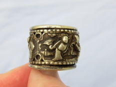 Ring with rotating inner ring with scenes – Northern Himalayas – Second half of 20th century