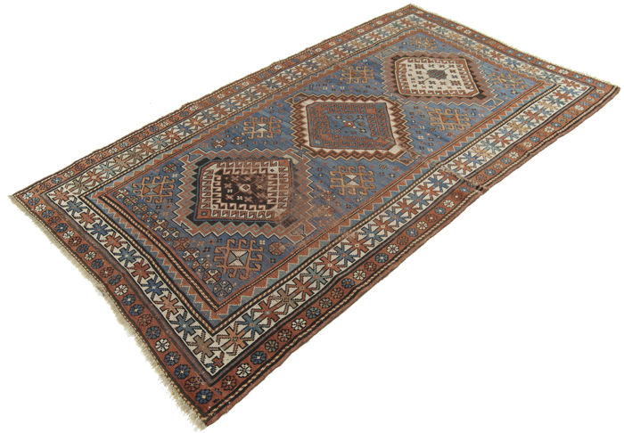 Antique rug, museum piece – Dimensions: 203 x 120 cm – Original antique Kazak rug – Galleria Farah 1970