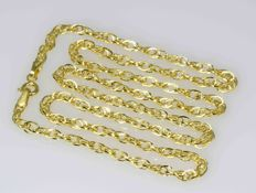18k Gold. Chain Oval Singapore. Length 50 cm