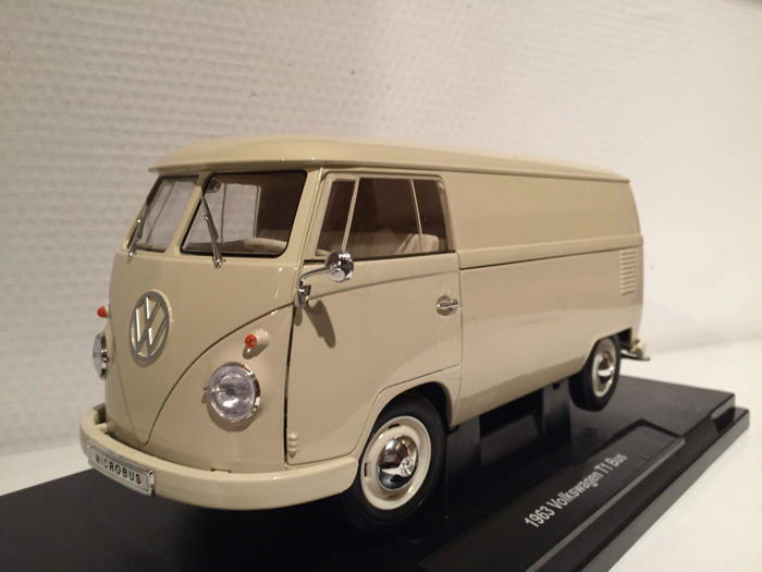 Welly - Scale 1/18 - Volkswagen T1 Panel Van - Beige