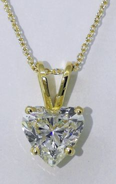 Pendant with a heart-shaped diamond of 1.05 ct