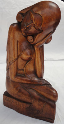 Art Deco wooden statue of a woman - Bali - Indonesia