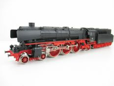 Märklin H0 - 3310 - Steam locomotive with pulled oil tender BR 012 of the DB