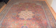 Hand-knotted, Qhum rug - 20th century, around 1960/1980 - XL - approx. 345 x 245 cm.