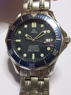 Omega Seamaster Professional 007 men's watch - circa 2004