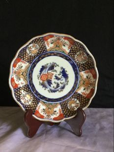 Imari porcelain plate stamped 'Fuki Choshun' - Japan - Late 19th/Early 20th century (Meiji Period)
