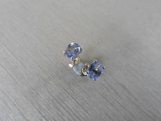 18k Gold Ceylon Sapphire Stud Earrings - 0.60ct - no reserve price