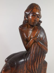 Art Deco woodcarving - Bali - Indonesia