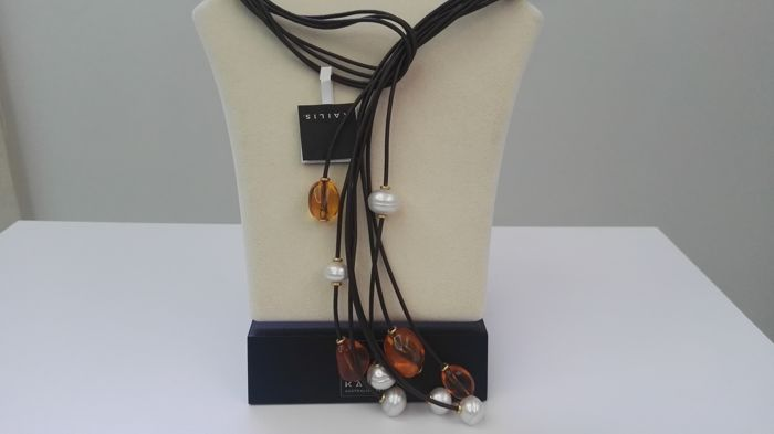 18 kt gold Necklace Lariat with Australian pearls and amber No reserve
