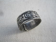 Medieval silver ring d-18 mm