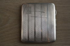 Silver cigarette case - English  / Birmingham around 1928