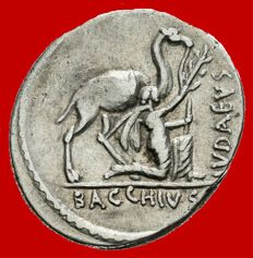 Roman Republic -  Plautius Hypsaeus silver denarius (3,71 g. 18 mm.) minted in Rome in 55 B.C. IVDAEVS / BACCHIVS. Male figure kneeling with camel. Scarce.