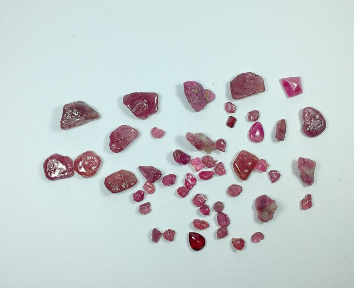 Large Lot of Red Rubies - 275 ct  (48)