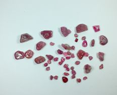 Lot of minerals - Ruby - 275 ct (48)