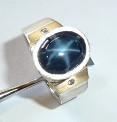 Mens' ring - 925 and 585 - unique item, 7.74 ct Star sapphire + 2 diamonds, ring size 64 / 20.3 mm - no reserve price