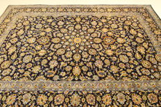 Fine Persian carpet, Kashan, Iran, 3.93 x 2.64 blue gold, hand-woven, high quality new wool, Oriental carpet TOP CONDITION no. 81