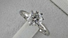 1.15 ct round diamond ring made of 14 kt white gold - size 6