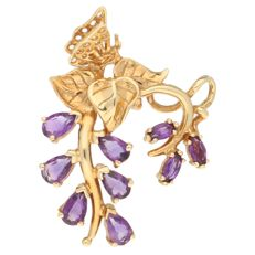 14 kt yellow gold pendant with 9 pear and oval cut amethysts - length 3.3 cm