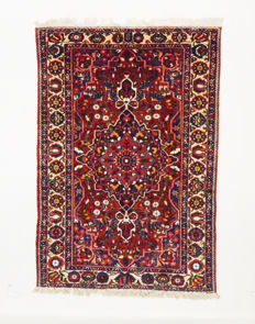 Persian carpet, antique Bakhtiar, all natural colours, 310 x 210 cm.