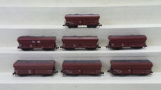 Roco N- amongst others 02365/25094 - 7 self-unloading transport wagons laden with coal type Fad 150/159 of the DB