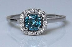14kt Golden ring with intense fancy  blauw  color diamond 0.53 ct - *** No reserveprijs ***