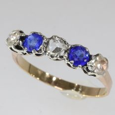 Victorian alternating diamond and blue strass gold ring, anno 1870