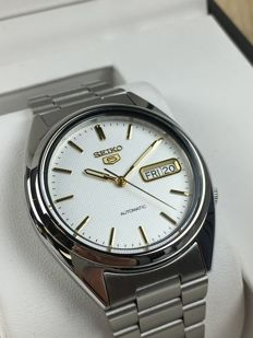 Seiko 5 Automatic reference: SNXG47K – men's watch