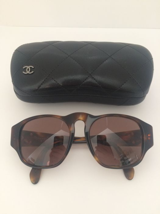 1ece62aa5eaab Chanel - Sunglasses - Unisex - Catawiki