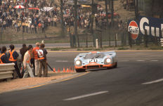 Porsche 917 1971 Spa 1000 km Race jo Siffert colour photograph