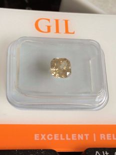 1.02 ct - Radiant Cut Diamond - Fancy Grayish Yellow