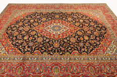 Fine Persian carpet, Kashan, 3.86 x 2.70, red / blue, genuine hand-knotted oriental carpet, top condition, no. 105