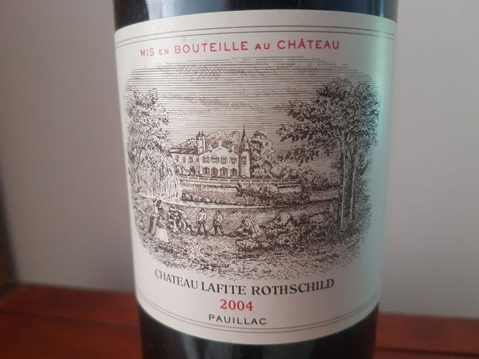 2004 Chateau Lafite Rothschild, 1er GCC Pauillac - 1 bottle (75cl)