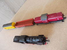 Fleischmann H0 - 4141/4230/5282 - Steam locomotive with tender BR24, and a diesel locomotive BR 212 with 2 freight wagons of the DB